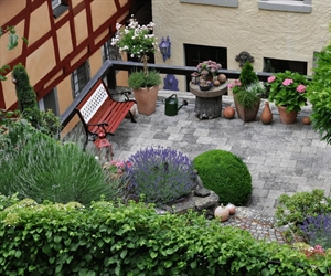 Common tenant complaints - Landscaping