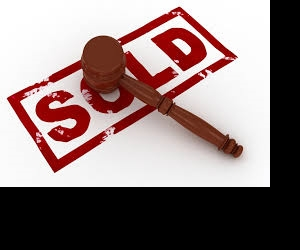 Why you shouldn't buy property at an auction in this market!
